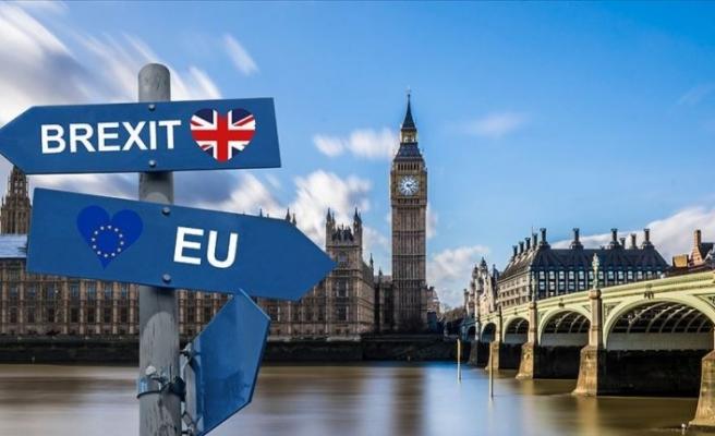 İngiliz Parlamentosu 'anlaşmasız ayrılığı' reddetti
