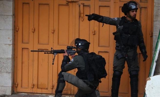 İsrail askerleri Gazze'de 4 Filistinliyi yaraladı