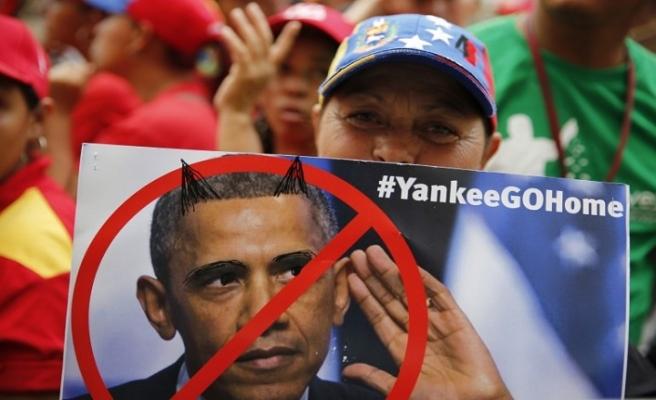 Maduro taraftarları Obama'nın tehdit gününde sokakta