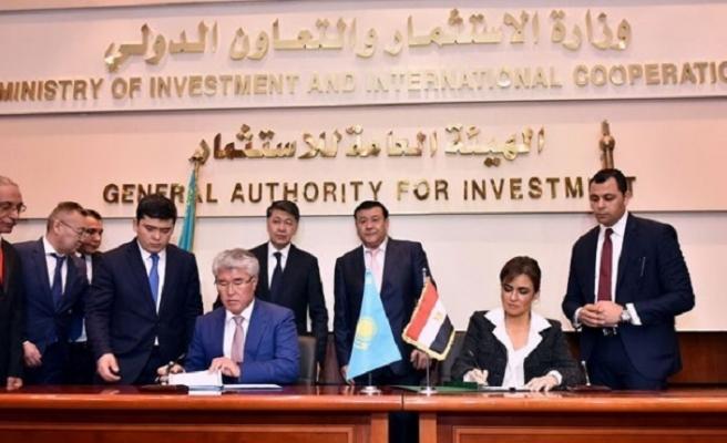 Mısır ve Kazakistan'ın gündeminde ekonomi var