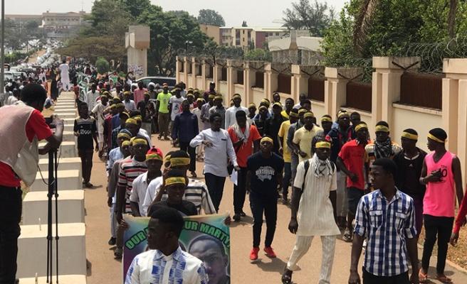 Nijerya'da Zakzaki'nin destekçilerinden gösteri