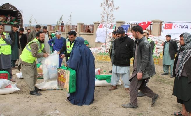 TİKA'dan Afganistan'daki savaş mağduru bin aileye yardım