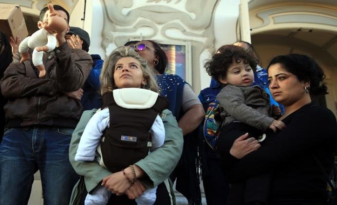 Tunus'ta 11 bebeğin ölümüne protesto