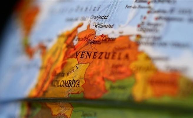 Venezuela'dan ABD'li diplomatlara 72 saat süre