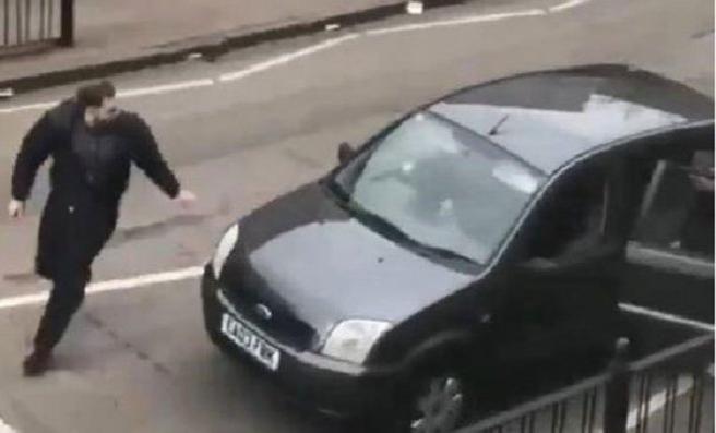 Yeni Zelanda'dan sonra Londra'da Müslümanlara saldırı
