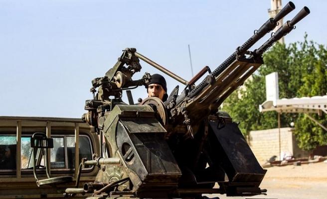 Libya'dan ardarda açıklamalar ve çocuk askerler