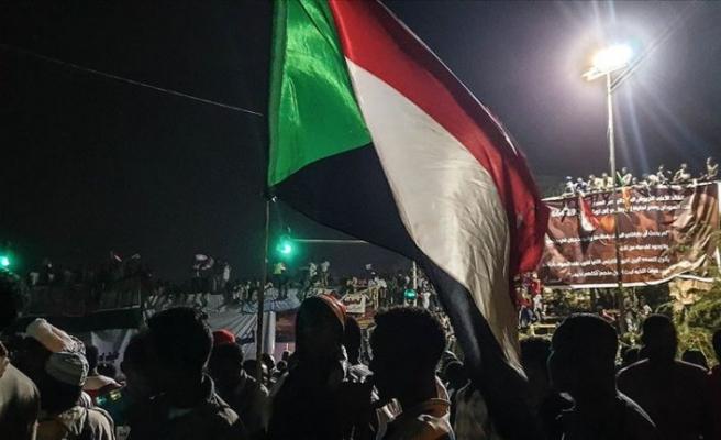 Sudan'da Askeri Geçiş Konseyi'nden 'bağımsız başbakan adayı belirlenmesi' çağrısı