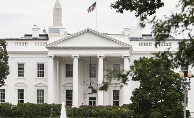 Beyaz Saray yakınlarında kendini ateşe veren kişi öldü