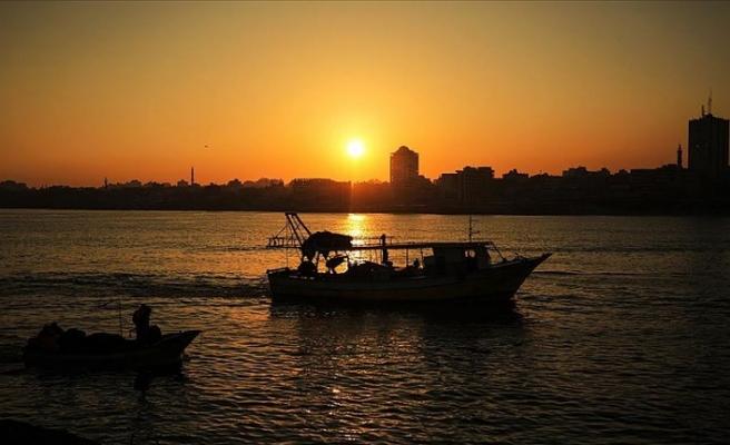 Gazze'de deniz suyu hastalıklara sebep olan parazitler taşıyor