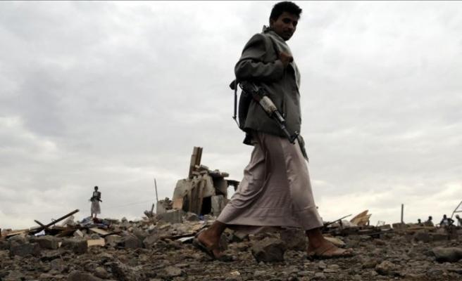 Husilerden Suudi Arabistan'a 'daha büyük' saldırı tehdidi