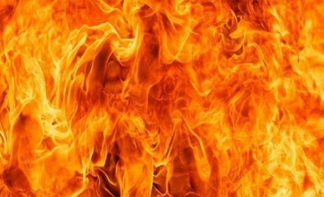 Huzistan'da petrol boru hattında yangın