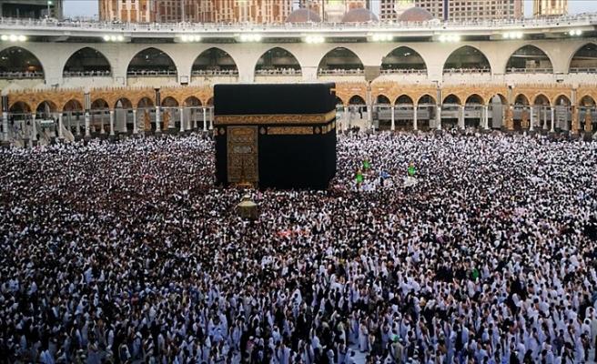 Suudi Arabistan gelecek yıl umre kotasını artıracak