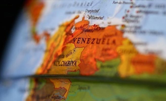 Venezuela'da darbe girişimine katılan vekillerin yargılanmalarına izin