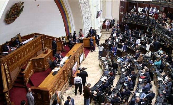 Venezuela'da mahkeme 7 milletvekili hakkında hukuki süreç başlattı