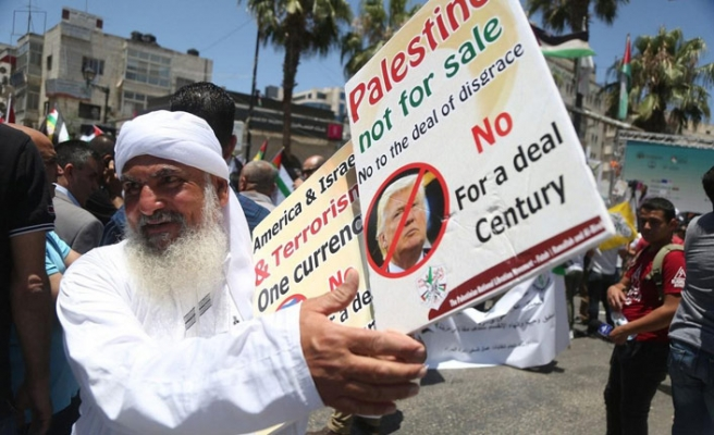 Yüzyılın Anlaşması'nın ilk adımı Lübnan'da mı atılıyor ? İngiltere'den pazarlık iddiası..