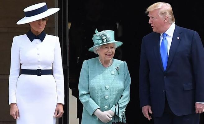 ABD Başkanı Trump ile Kraliçe 2. Elizabeth bir araya geldi