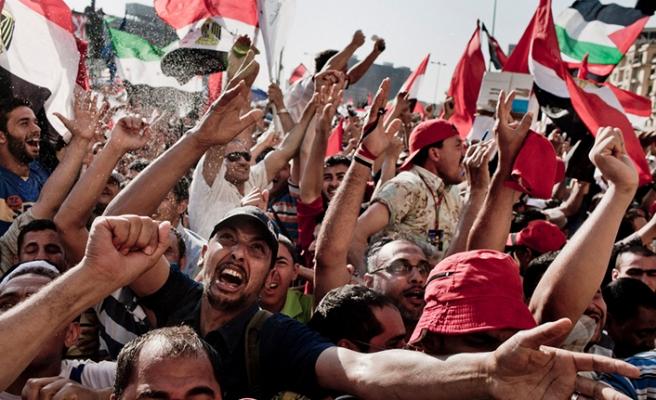 Arap dünyası Muhammed Mursi için yasta