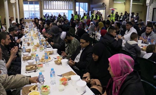 Avustralya'da Kıbrıslı Türkler iftarda buluştu