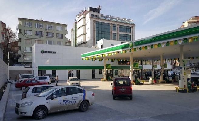 Benzin'de 9 kuruş indirim