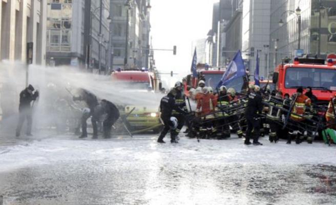 Brüksel'de bu kez itfaiyeciler ayaklandı