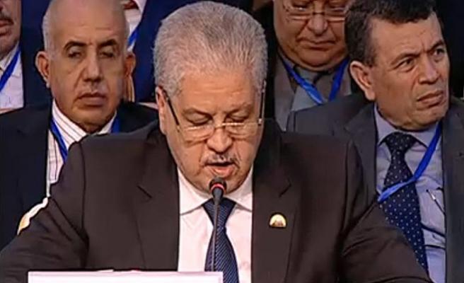 Cezayir'de bir eski Başbakan daha yolsuzluk suçlamasıyla tutuklandı