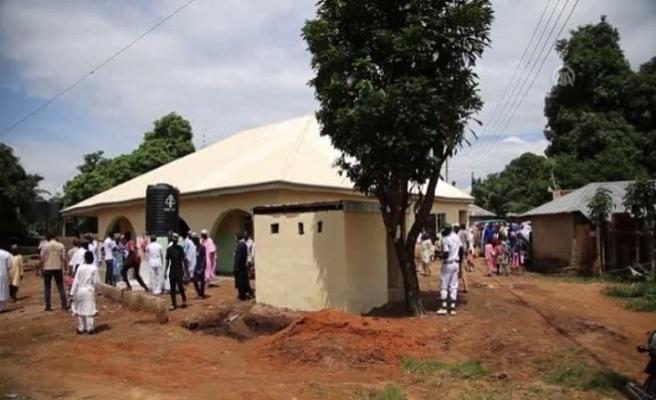 Dar'ul Erkam Vakfı ve iş adamlarından Nijerya'ya 3 ayda cami