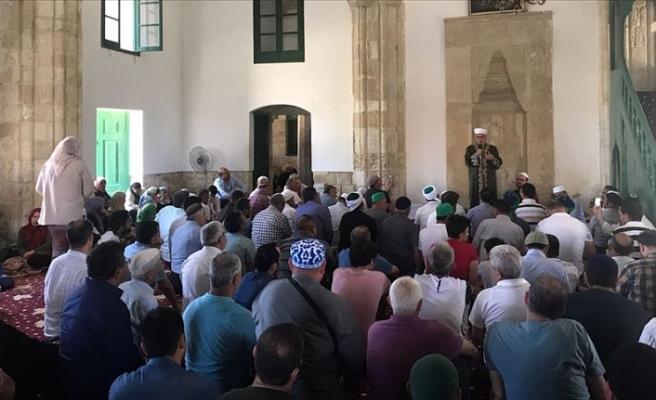 Hala Sultan'a ziyaretçi akını