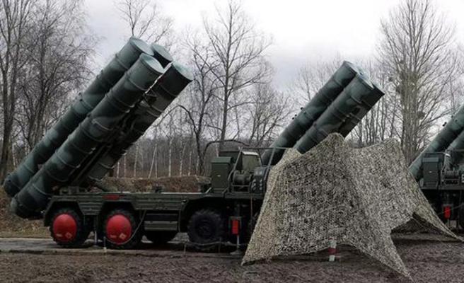 Hindistan Rusya ile askeri işbirliğini S-400'ler üzerinden yineledi