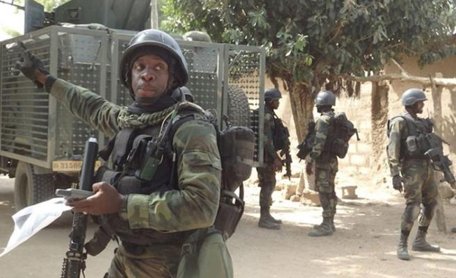 Kamerun'da sivilleri infazla suçlanan askerler yargılanacak
