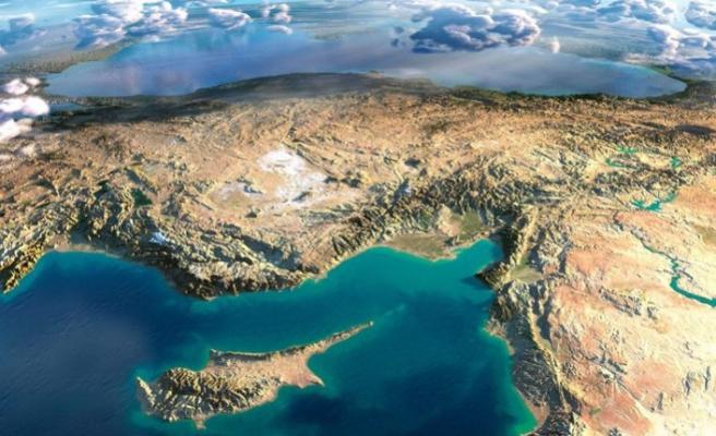 Kıbrıs'ta iki devletli formül arayışı