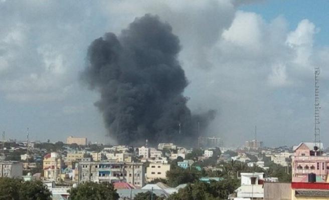 Mogadişu'daki parlamento binası yakınında bombalı saldırı
