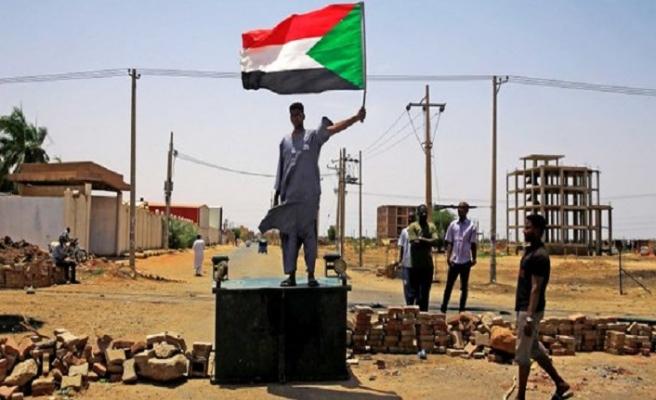 Müslüman Kardeşler Teşkilatı Sudan Askeri Geçiş Konseyine çağrı yaptı