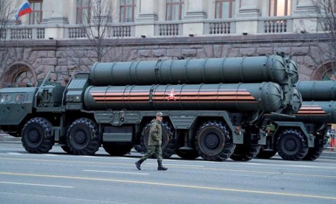 Rus heyet S-400'lerin kurulumu için geldi