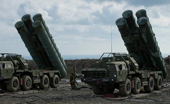 Rusya S-400'leri ateşledi