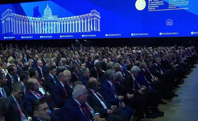 St. Petersburg Uluslararası Ekonomi Forumu başladı