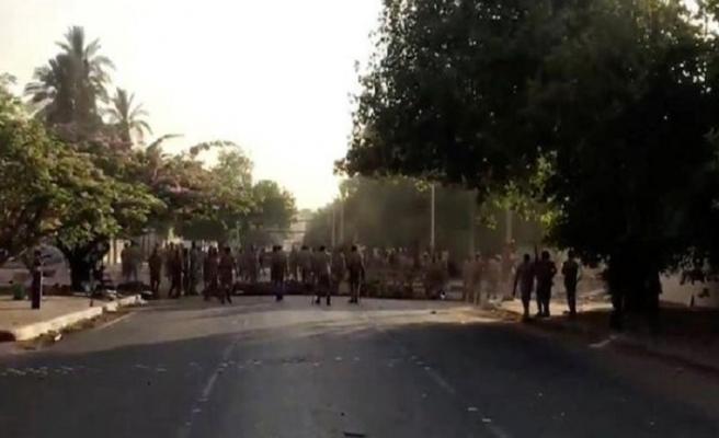 Sudan'da darbe karşıtları halkı sokağa çağırdı