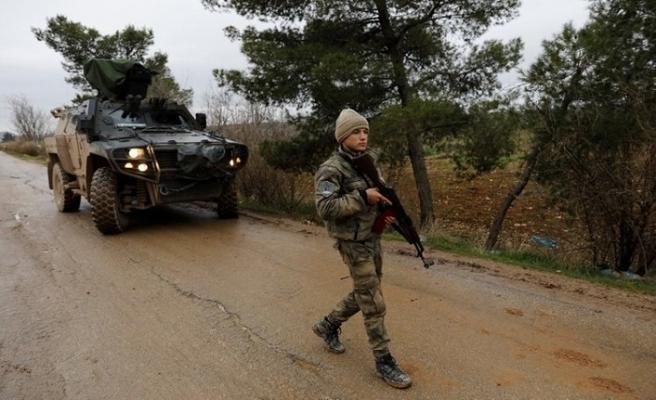 Suriye'de üs bölgesine hain saldırı! 1 şehit, 4 yaralı