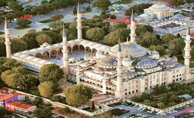 Tarihte Bugün (9 Haziran) : Sultanahmet Camii ibadete açıldı