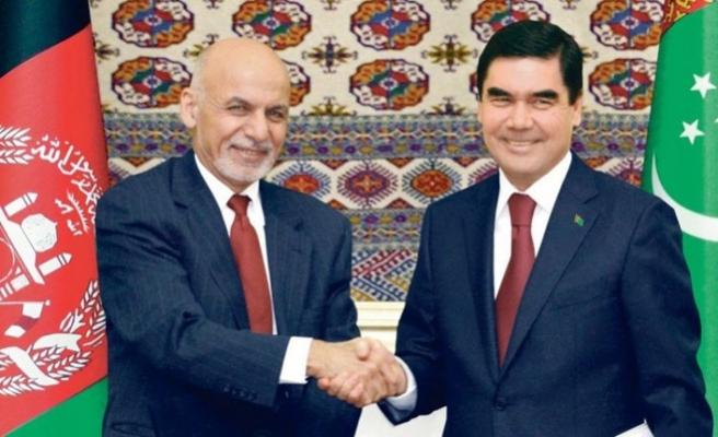 Türkmenistan ile Afganistan stratejik ortaklık anlaşması imzaladı