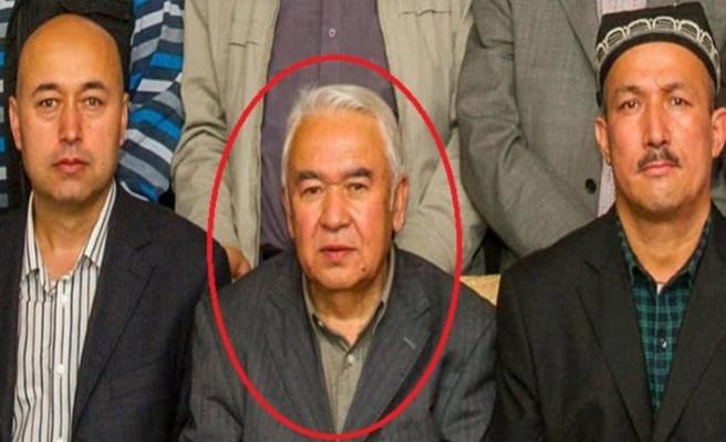 Uygur Türkü yazar Nurmuhammet Tohti'nin cesedi kelepçeli olarak teslim edildi