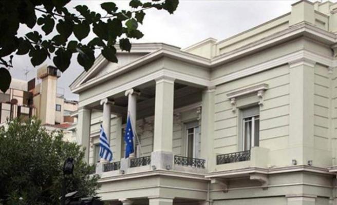 Yunanistan Türk diplomatların araçlarının kundaklanmasını kınadı