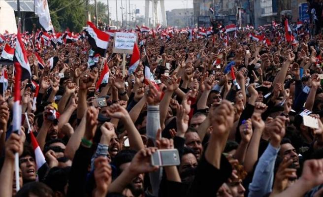 Iraklılar 14 vilayette hükmet karşıtı kitlesel gösterilere hazırlanıyor