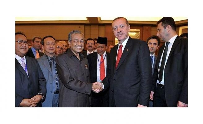 Malezya Başbakanı Mahathir Türkiye'ye davet edildi