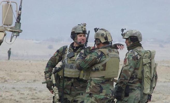 Afganistan'da NATO uçakları yine yanlışlıkla sivilleri hedef aldı !!