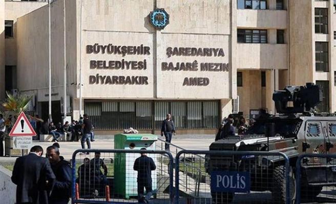 AK Parti HDP'li belediyelere kayyumun dayanağını açıkladı