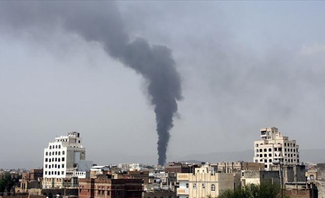 'BAE'nin Yemen'e hava saldırılarında 100'den fazla kişi öldü'
