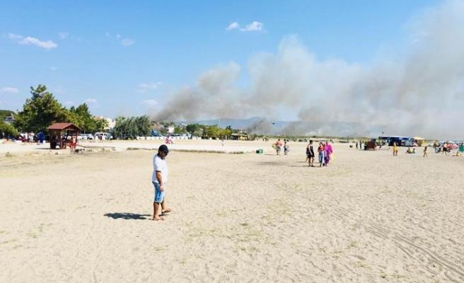 Edremit'teki yangın söndürme çalışmaları devam ediyor