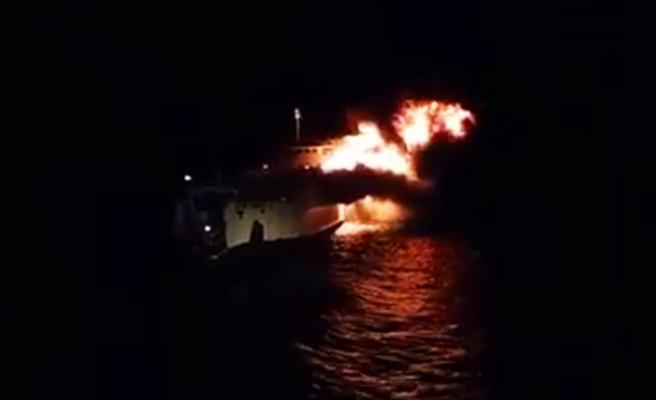 Filipinler'de yolcu vapurunda yangın: 3 ölü, 69 kayıp