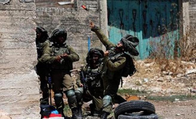 İşgalci İsrail güçleri Şeria'nın batısında 8 Filistinliyi gözaltına aldı