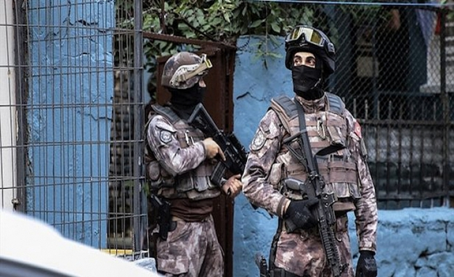 İstanbul'da 7 ilçede terör operasyonu: Gözaltılar var